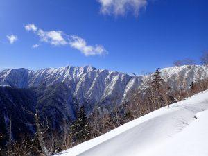 合戦沢までの登山道