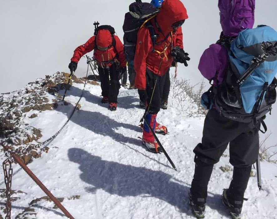 積雪期八ヶ岳登山中の写真