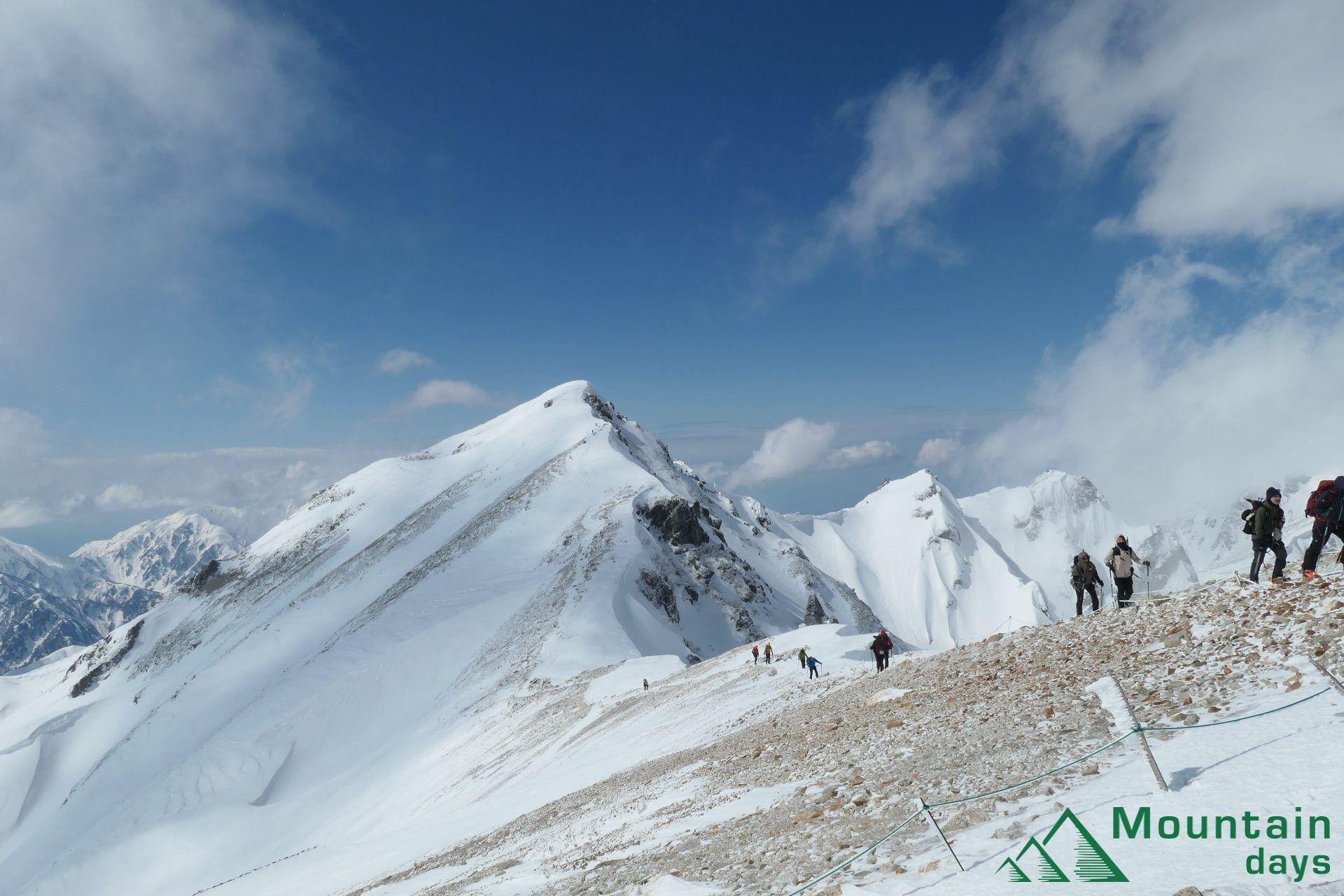 雪山登山1年目のまりちゃん。雪の唐松岳に挑みます!どんな山旅だったのかぜひご覧ください。